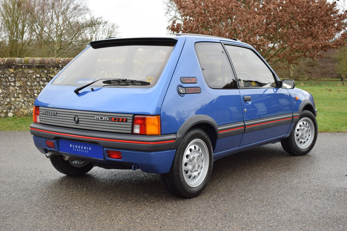 1990 90/H Peugeot 205 GTi 1.6 - one private owner, ltd edition SOLD (picture 4 of 6)
