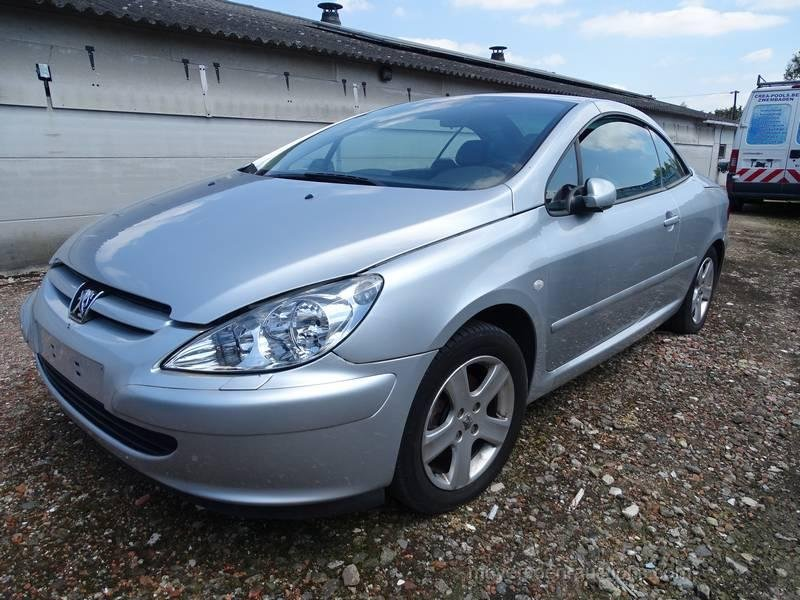 2005 PEUGEOT 307 CC For Sale by Auction (picture 1 of 6)