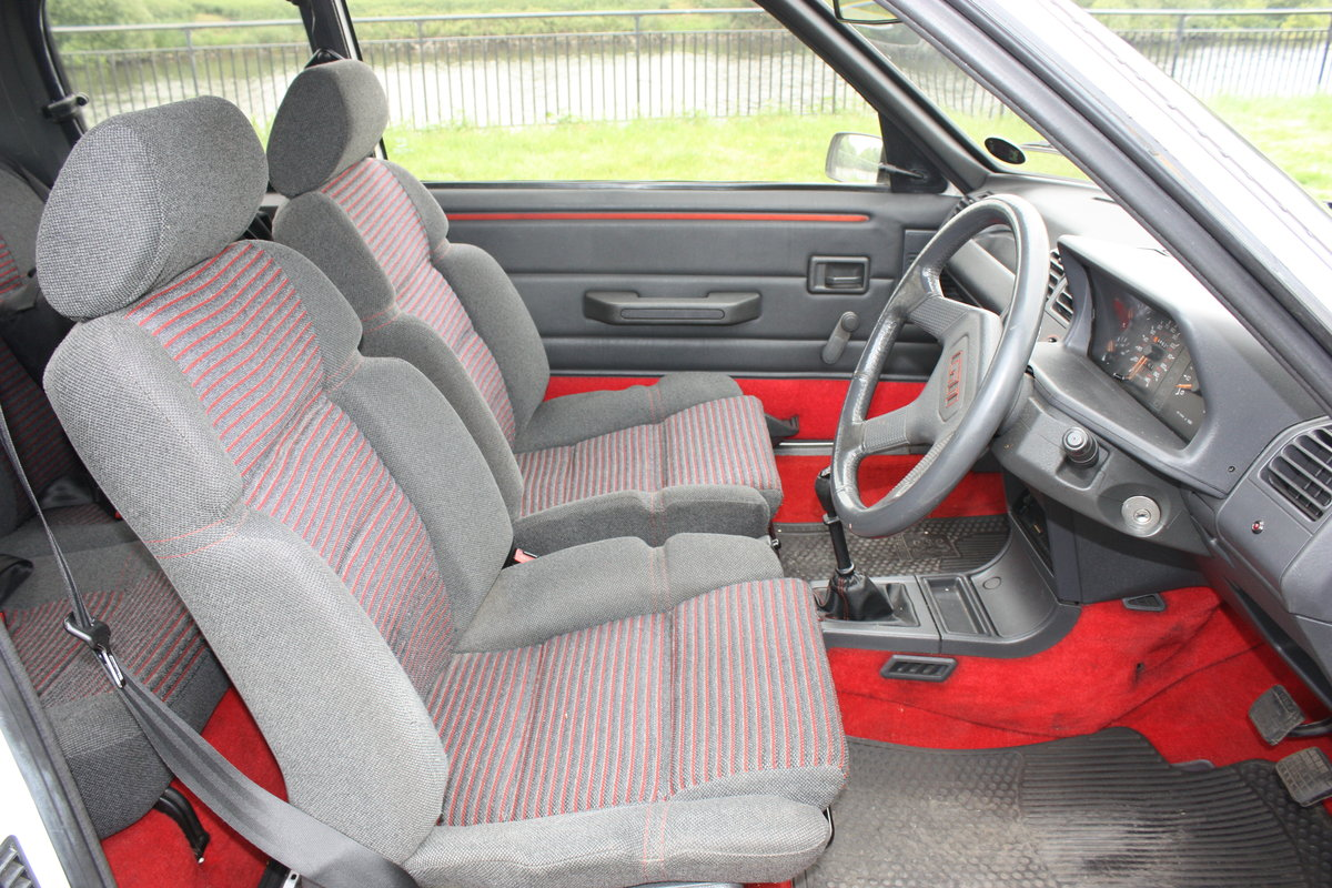 1989 Peugeot 205 GTI 1.6 For Sale (picture 6 of 6)
