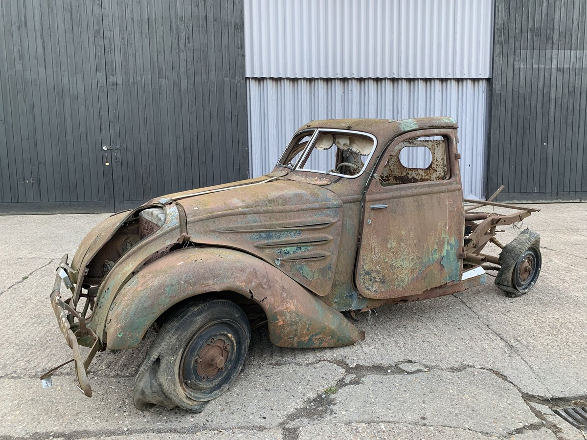 1938 Peugeot 302 for spares For Sale by Auction (picture 2 of 6)