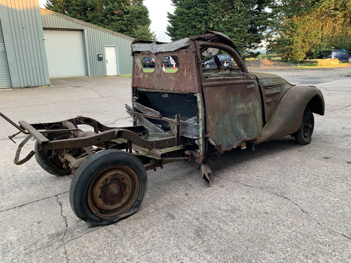 1938 Peugeot 302 for spares For Sale by Auction (picture 3 of 6)