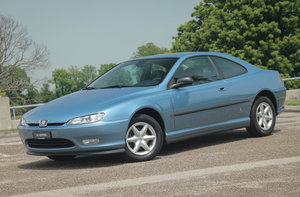 1998 Ultra low KM PEUGEOT 406 Coupé 2.0 16V as new ! For Sale