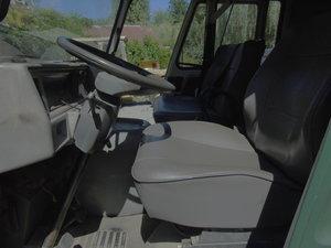 1989 Peugeot J9  king cab