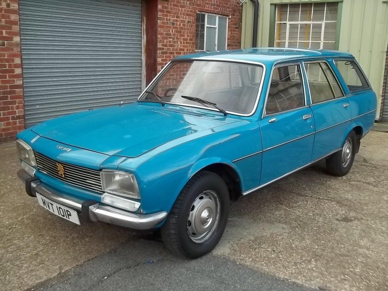 1976 Peugeot 504 2.0 Family Supplying Dealer + 1 owner SOLD (picture 3 of 6)