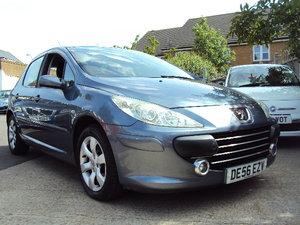 2006 Peugeot 307 Sport – With MOT til Aug 2020 – 1.6cc Petrol  For Sale