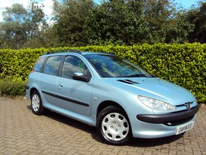 2005 A Lovely Low Mileage Peugeot 206 1.4i SW Estate