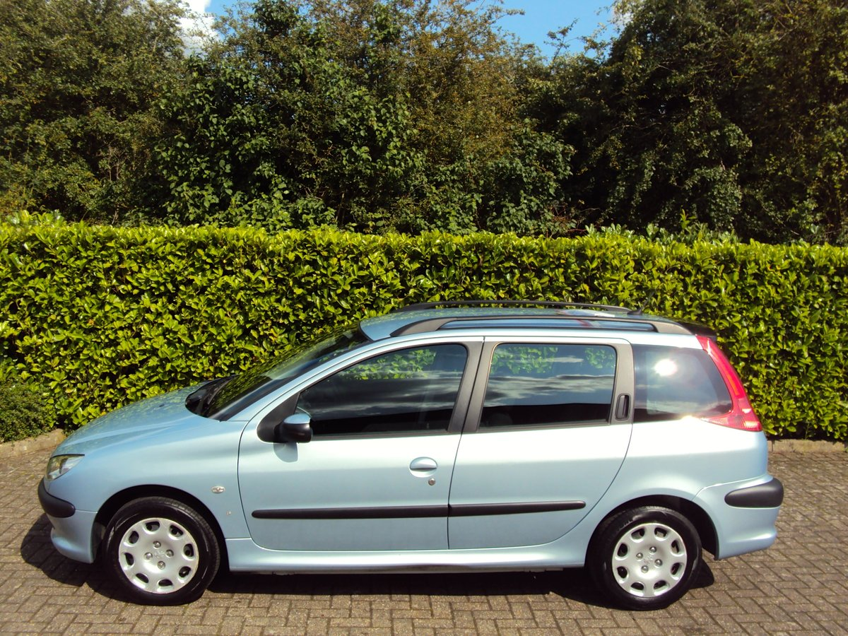 2005 A Lovely Low Mileage Peugeot 206 1.4i SW Estate For Sale (picture 2 of 6)