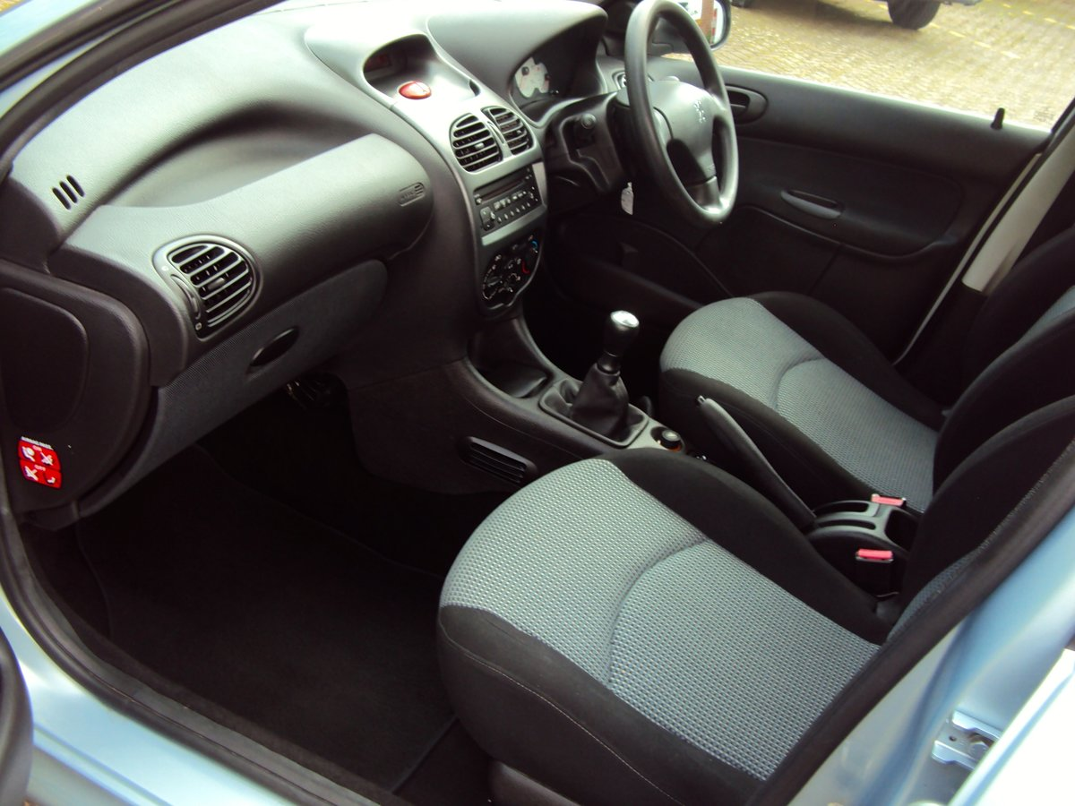 2005 A Lovely Low Mileage Peugeot 206 1.4i SW Estate For Sale (picture 6 of 6)