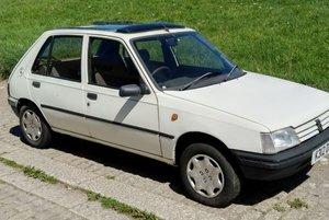1993 Peugeot 205 GRDT