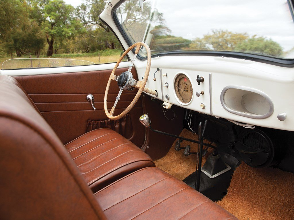 1947 Peugeot 202 BH Cabriolet  For Sale by Auction (picture 4 of 5)