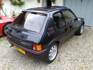 1989 IMMACULATE LOW MILEAGE EXAMPLE