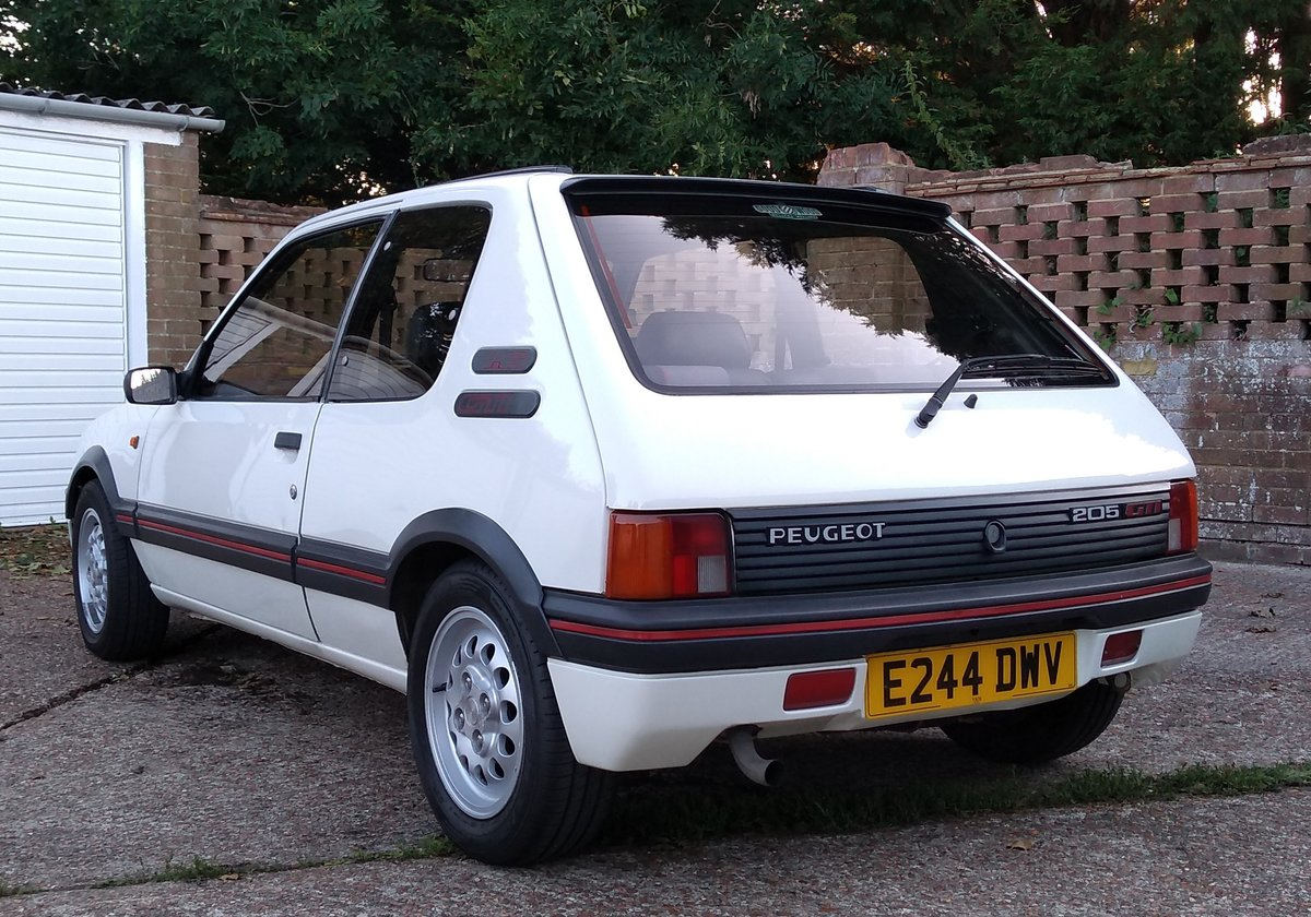1988 Peugeot 205 GTI 1.6 For Sale (picture 3 of 6)