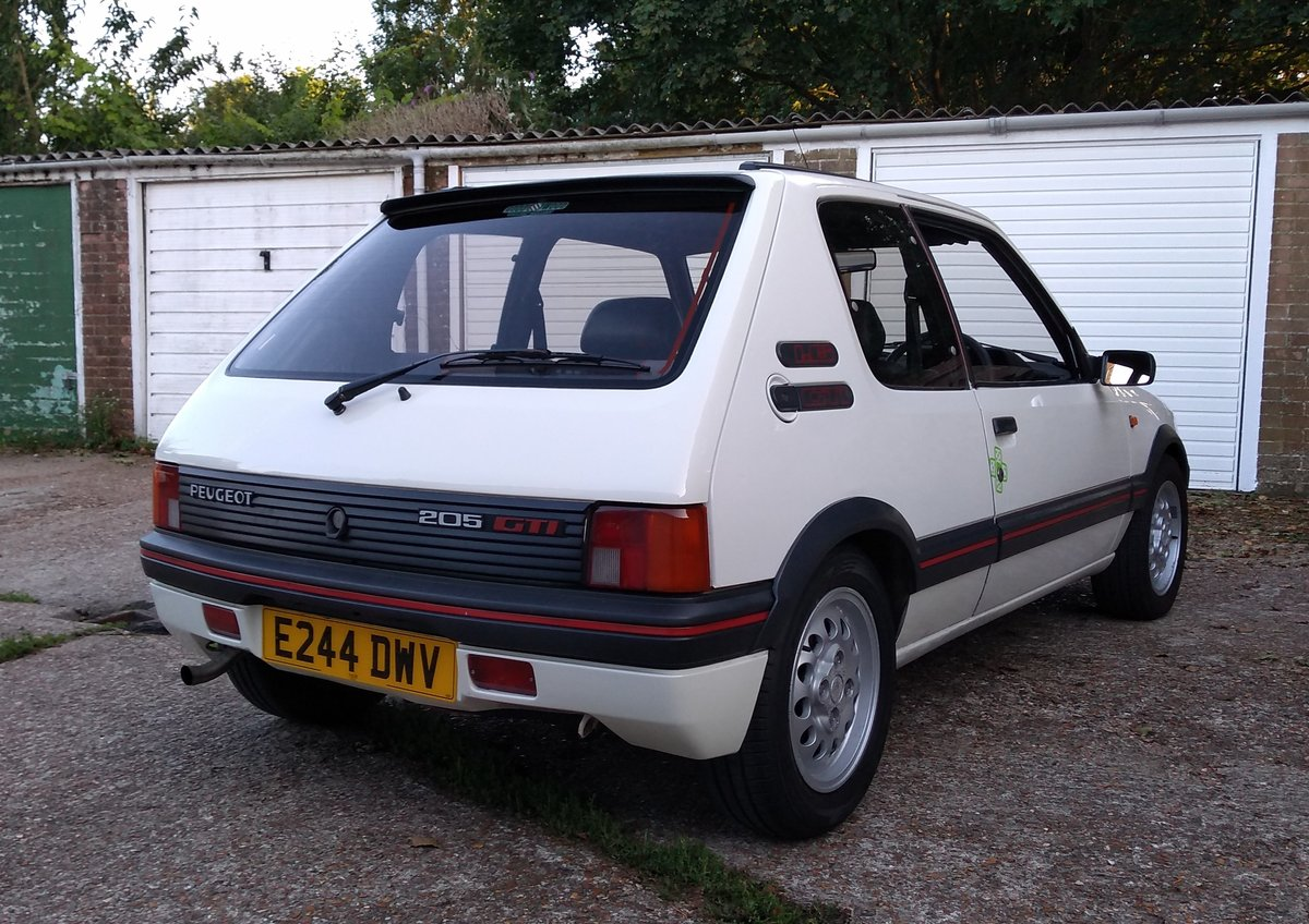 1988 Peugeot 205 GTI 1.6 For Sale (picture 4 of 6)