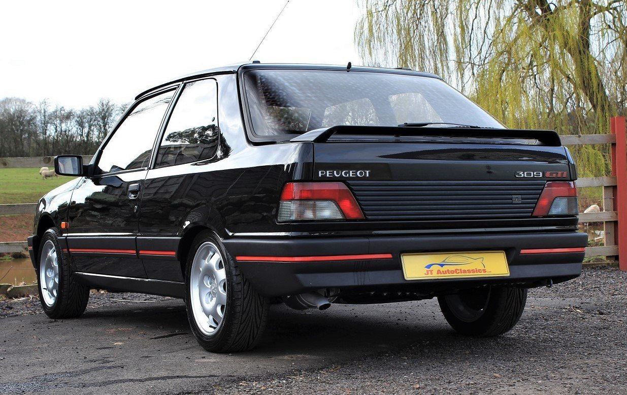 1990 Peugeot 309GTI 3dr LHD,54,903 miles from new For Sale (picture 4 of 6)