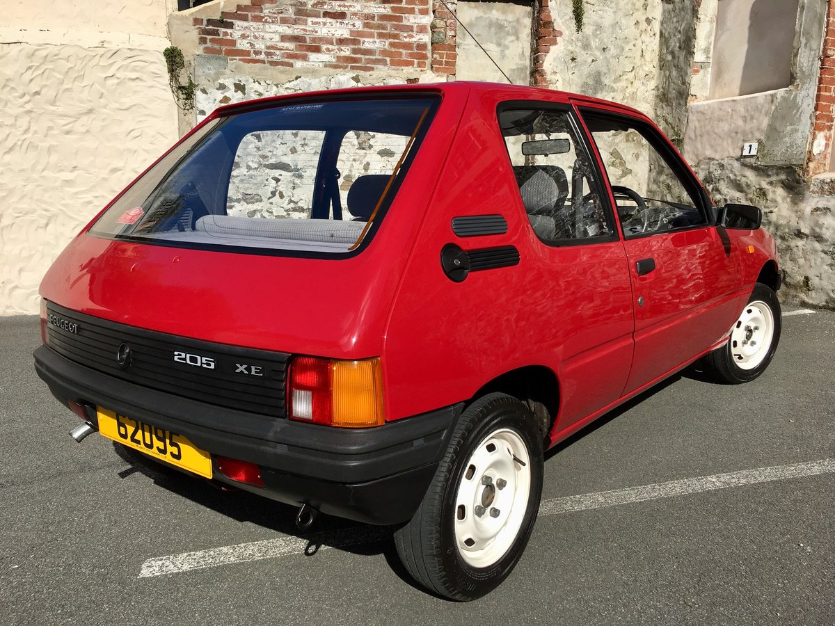 1990 Peugeot 205 XE - Time warp, every day classic! For Sale (picture 3 of 6)