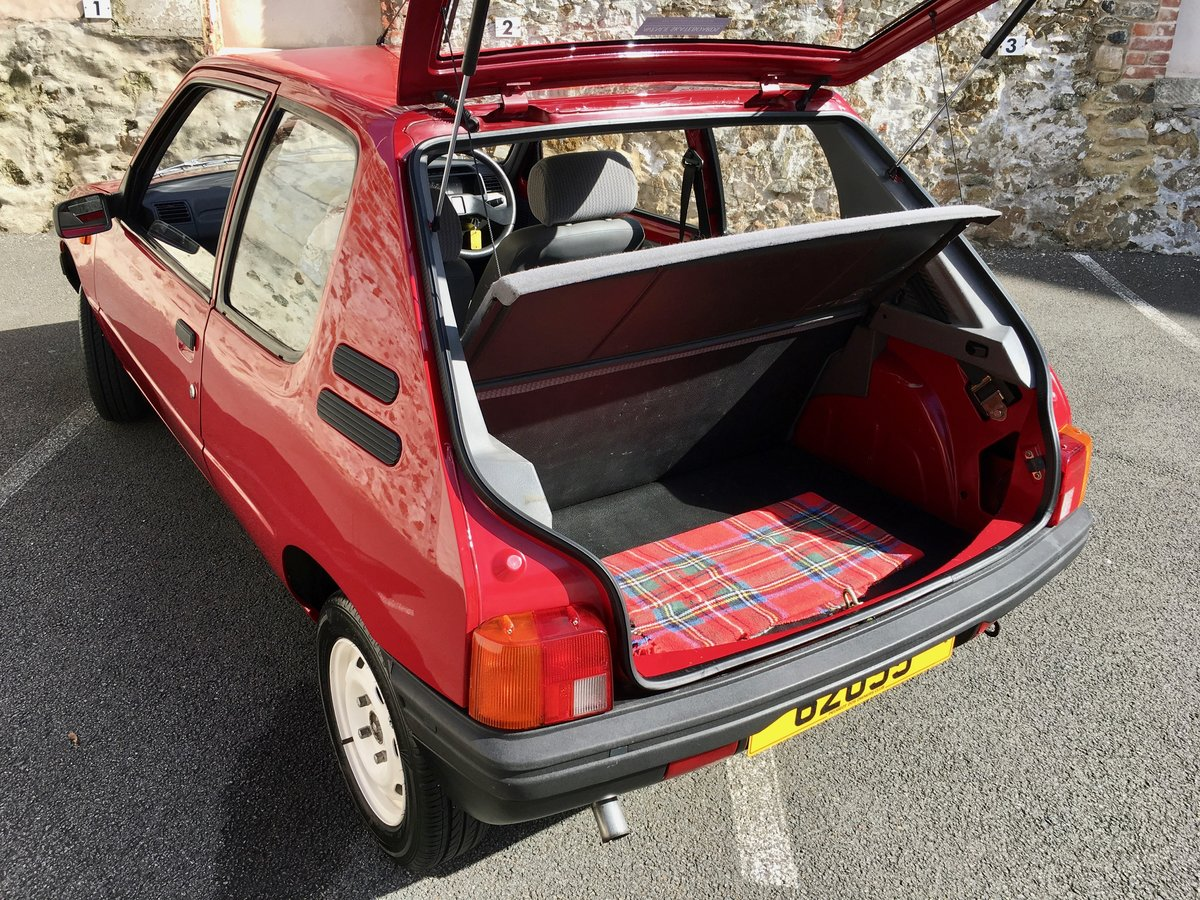 1990 Peugeot 205 XE - Time warp, every day classic! For Sale (picture 4 of 6)