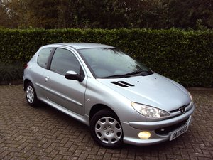 2006 An UNREPEATABLE OPPORTUNITY!! Peugeot 206 1.4 Look 11k miles