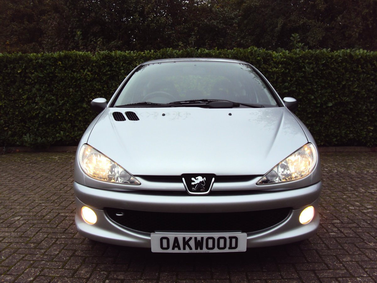 2006 An UNREPEATABLE OPPORTUNITY!! Peugeot 206 1.4 Look 11k miles For Sale (picture 4 of 6)