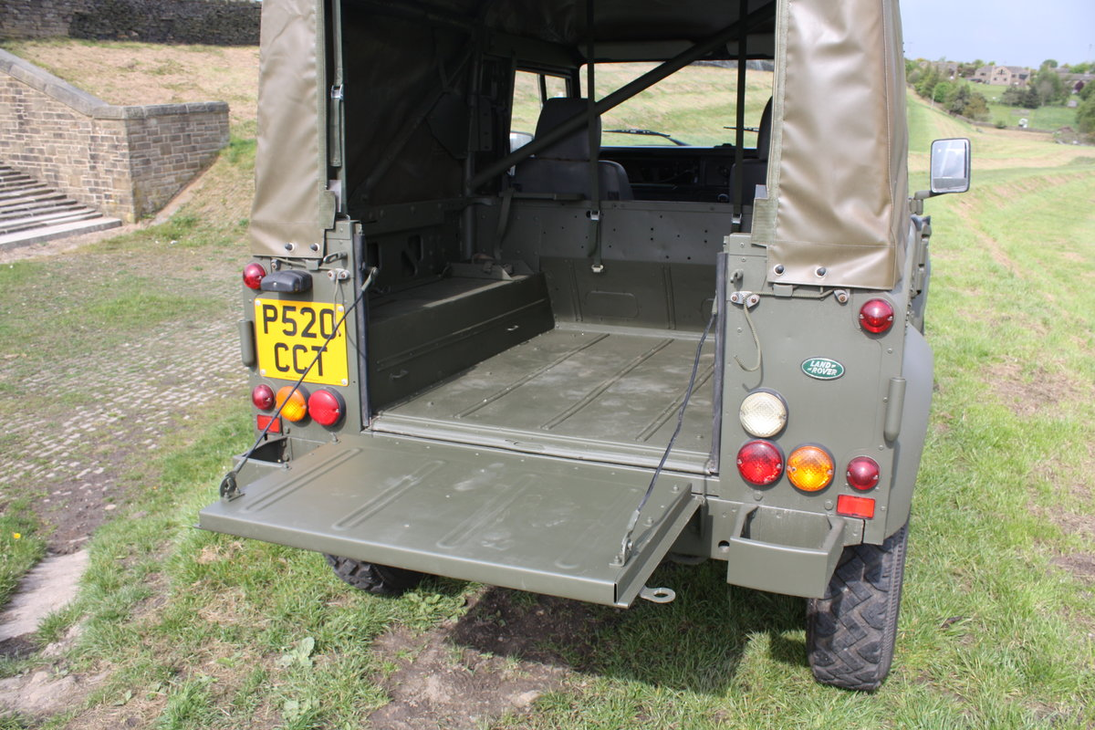 1997 Land Rover Defender 90 WOLF Soft Top  For Sale (picture 5 of 10)