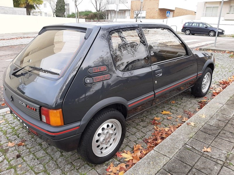 1987 Peugeot 205 GTI 1.6 - 31.000 Kms!! For Sale (picture 3 of 6)