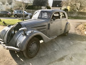 1936 A Rare and desirable Peugeot 302 Airstream  car For Sale