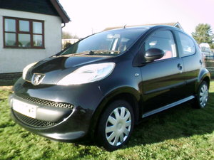 2007 peugeot 107 urban move 5 door finished in raven black
