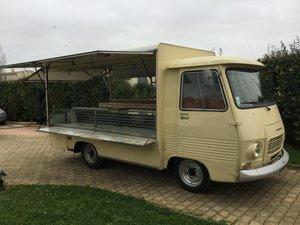 1979 Peugeot J7 «Butcher van» Original