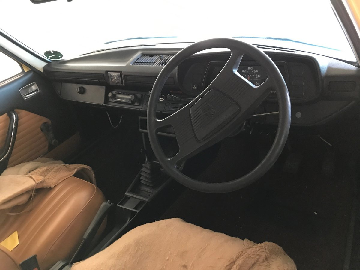 1975 Classic 1970's/80's Peugeot 504 For Sale (picture 3 of 3)