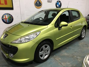 2009 207 sport great colour and LOW mileage
