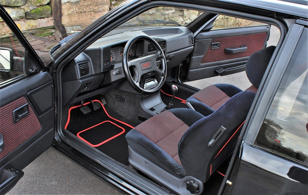 1990 Peugeot 309GTI 3dr,Factory a/c ,54,903 miles For Sale (picture 5 of 6)