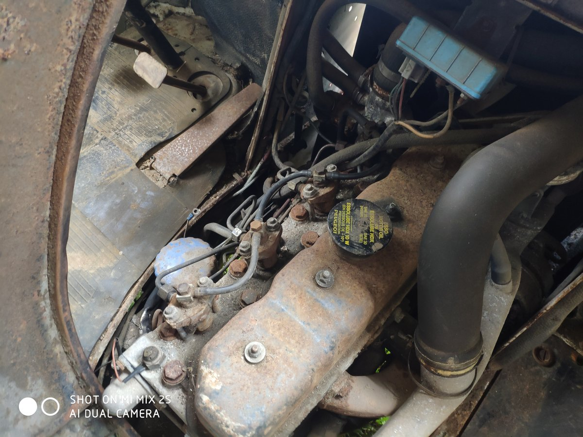 1978 Classic French Peugeot J7 Van Ideal Project For Sale (picture 3 of 6)