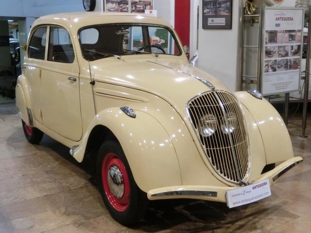PEUGEOT 202 BERLINE - 1939 For Sale (picture 1 of 6)