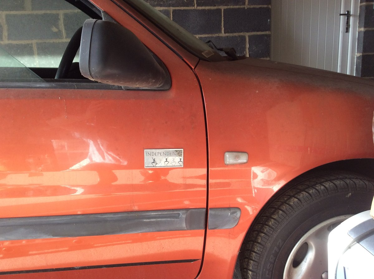 2000 106 Very Dusty Barn Find - needs a bargain hunter SOLD (picture 5 of 6)