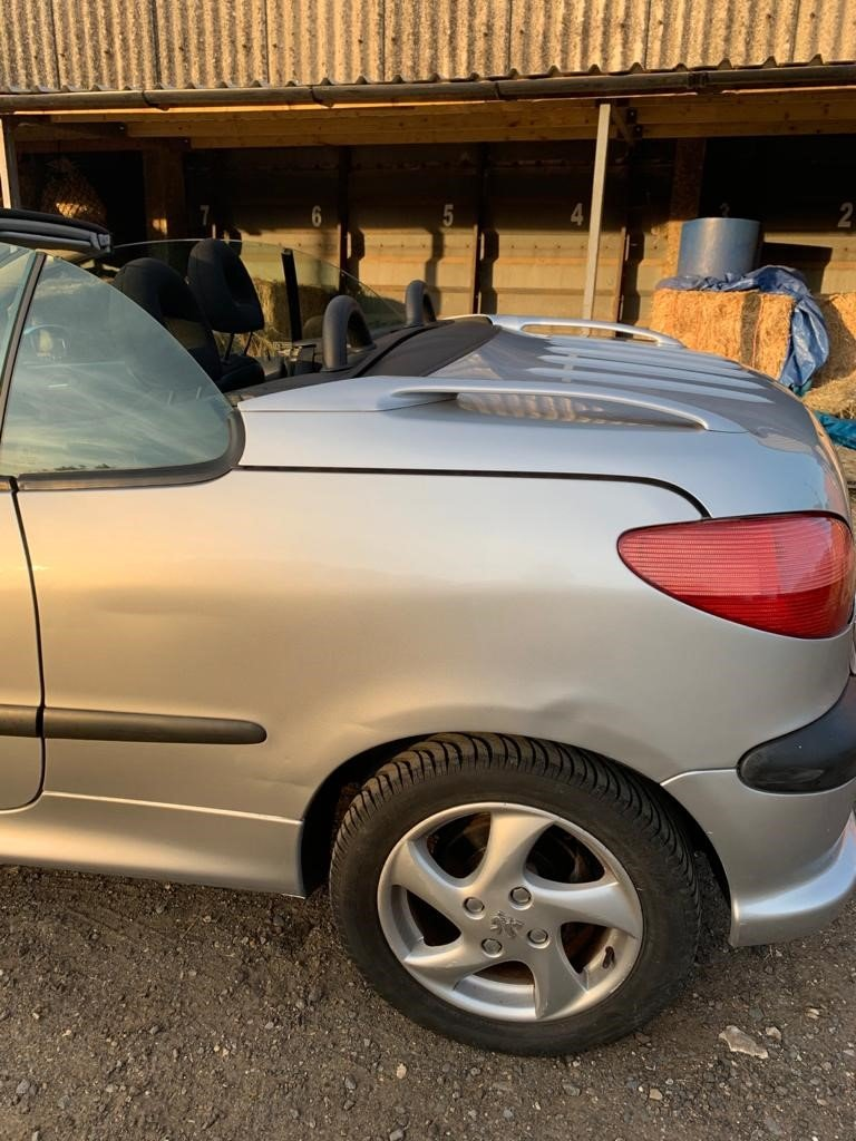 2001 Peugeot 206 CC For Sale (picture 2 of 6)