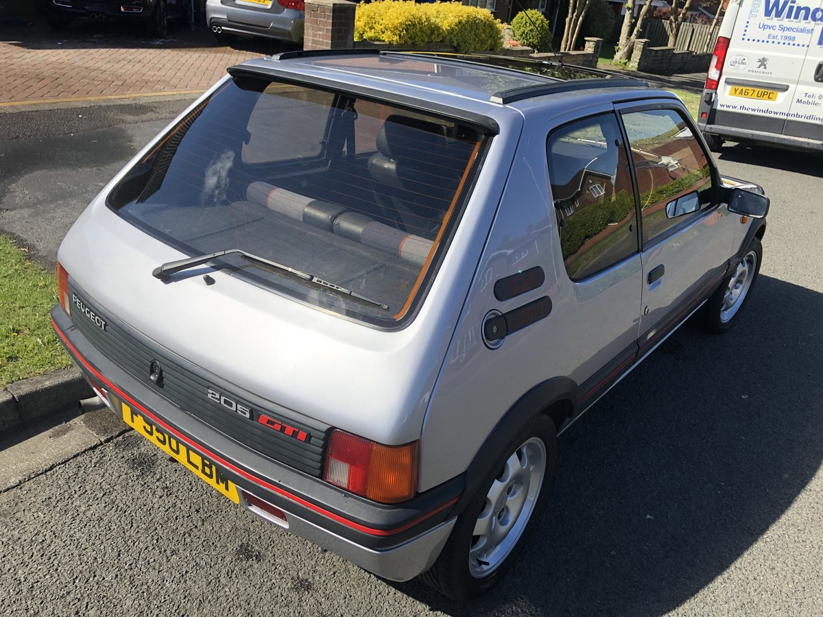 1989 STUNNING PEUGEOT 205 GTI 1.9 SOLD (picture 3 of 6)