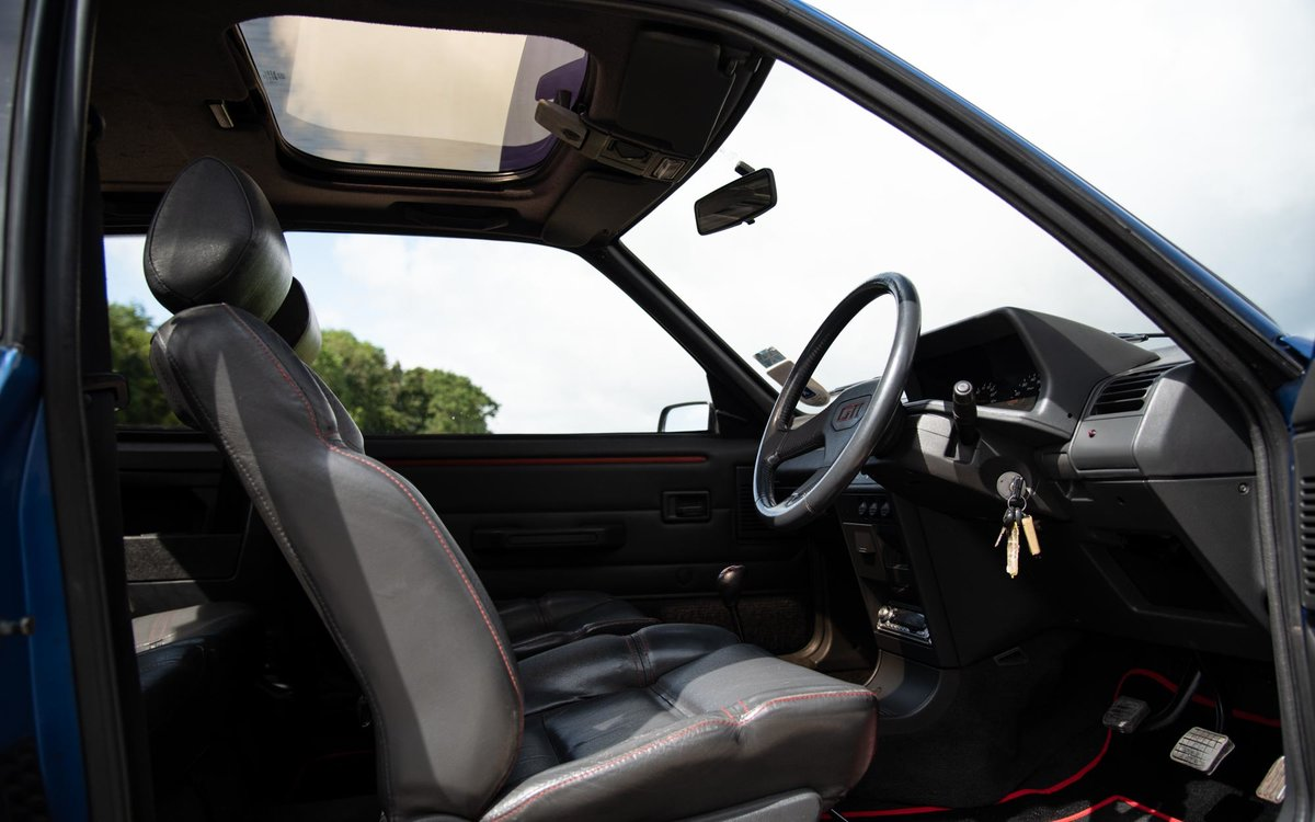 1990 Peugeot 205 GTI 1.9 - 1 of 300 Miami Blue Ltd Ed. For Sale (picture 4 of 6)