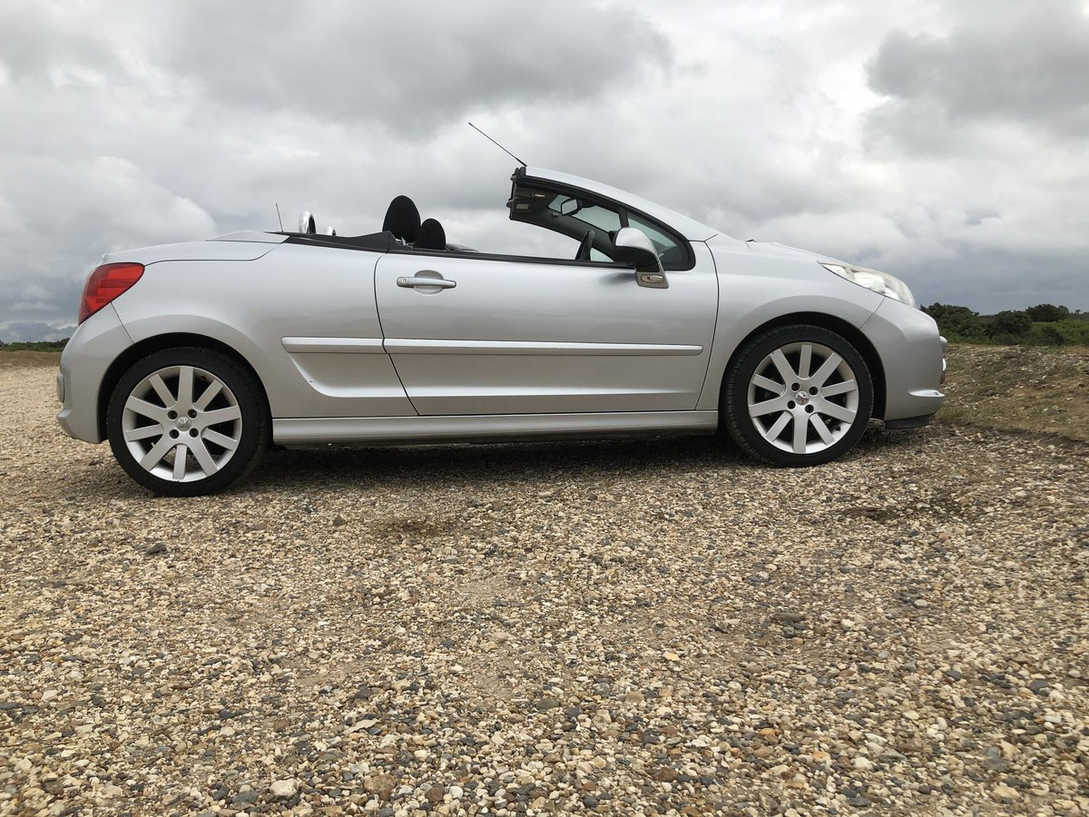 2008 Low miles Mot Driveaway!!!  For Sale (picture 1 of 6)