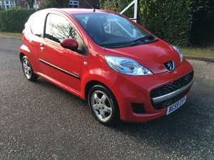 Peugeot 107 1.0 verve 3dr petrol in red