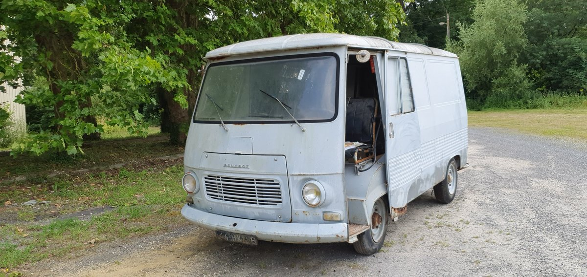 1967 Peugeot j7 For Sale (picture 1 of 6)