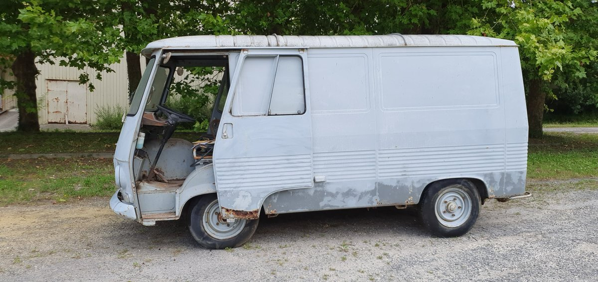 1967 Peugeot j7 For Sale (picture 2 of 6)