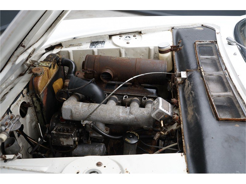 1963 Peugeot 404 Convertible with Hard-Top For Sale (picture 4 of 6)