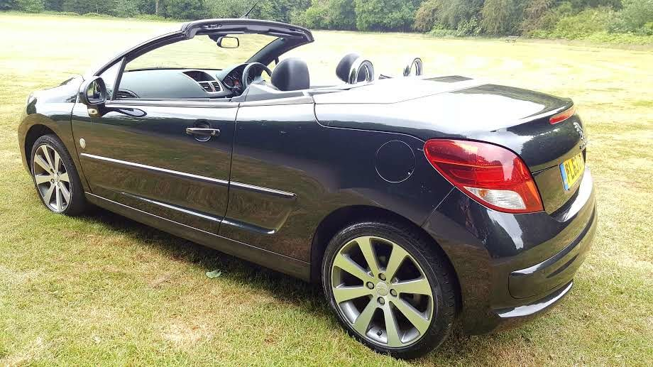 2014 Peugeot 207 Convertible-Roland Garros Ltd Edition SOLD (picture 3 of 6)