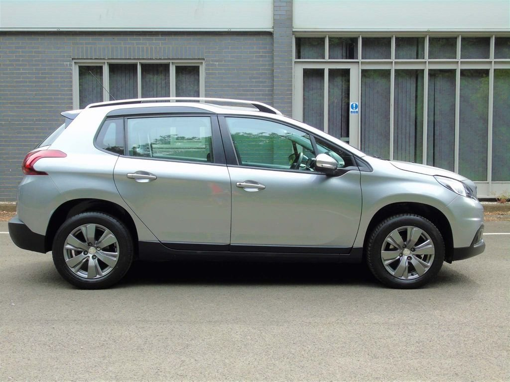 2018 Peugeot 2008 1.2 PureTech Active 5dr GREAT VALUE SOLD (picture 3 of 10)