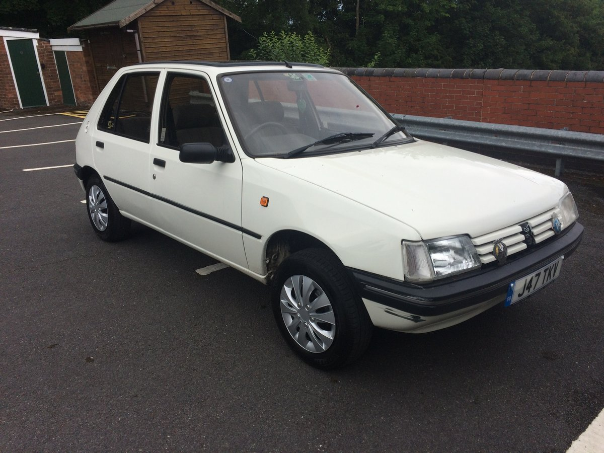 1992 Peugeot 205 automatic For Sale (picture 1 of 6)