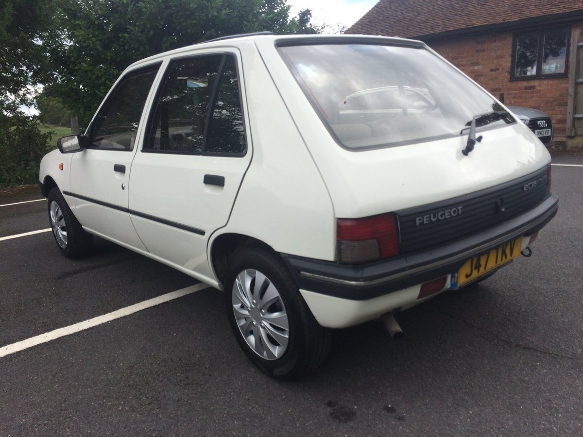 1992 Peugeot 205 automatic For Sale (picture 3 of 6)
