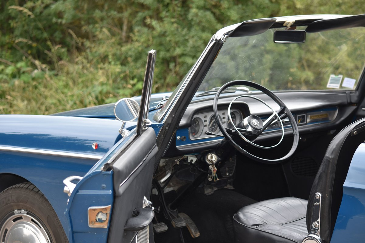 1966 Peugeot 404 Cabriolet Super Luxe Injection For Sale by Auction (picture 3 of 6)
