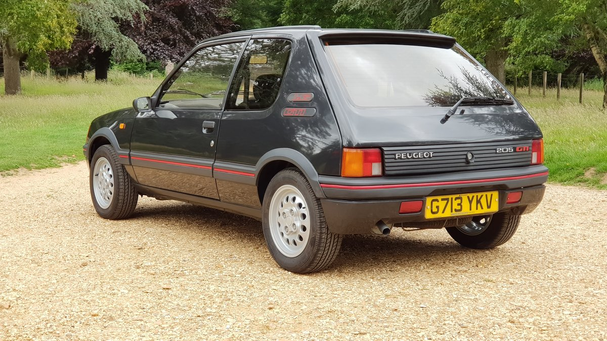 1989 Genuine low mileage, loved and cherished For Sale (picture 3 of 6)