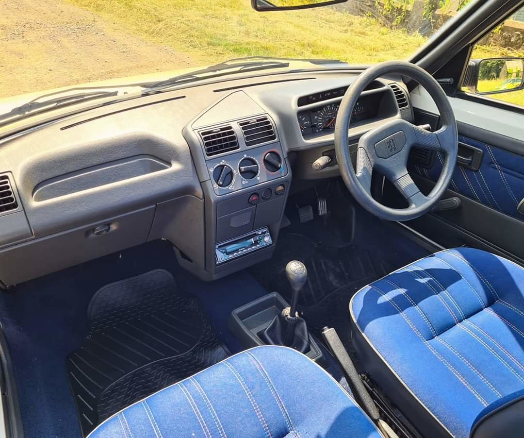 1988 Peugeot 205 1.4 CJ Convertible For Sale (picture 5 of 5)