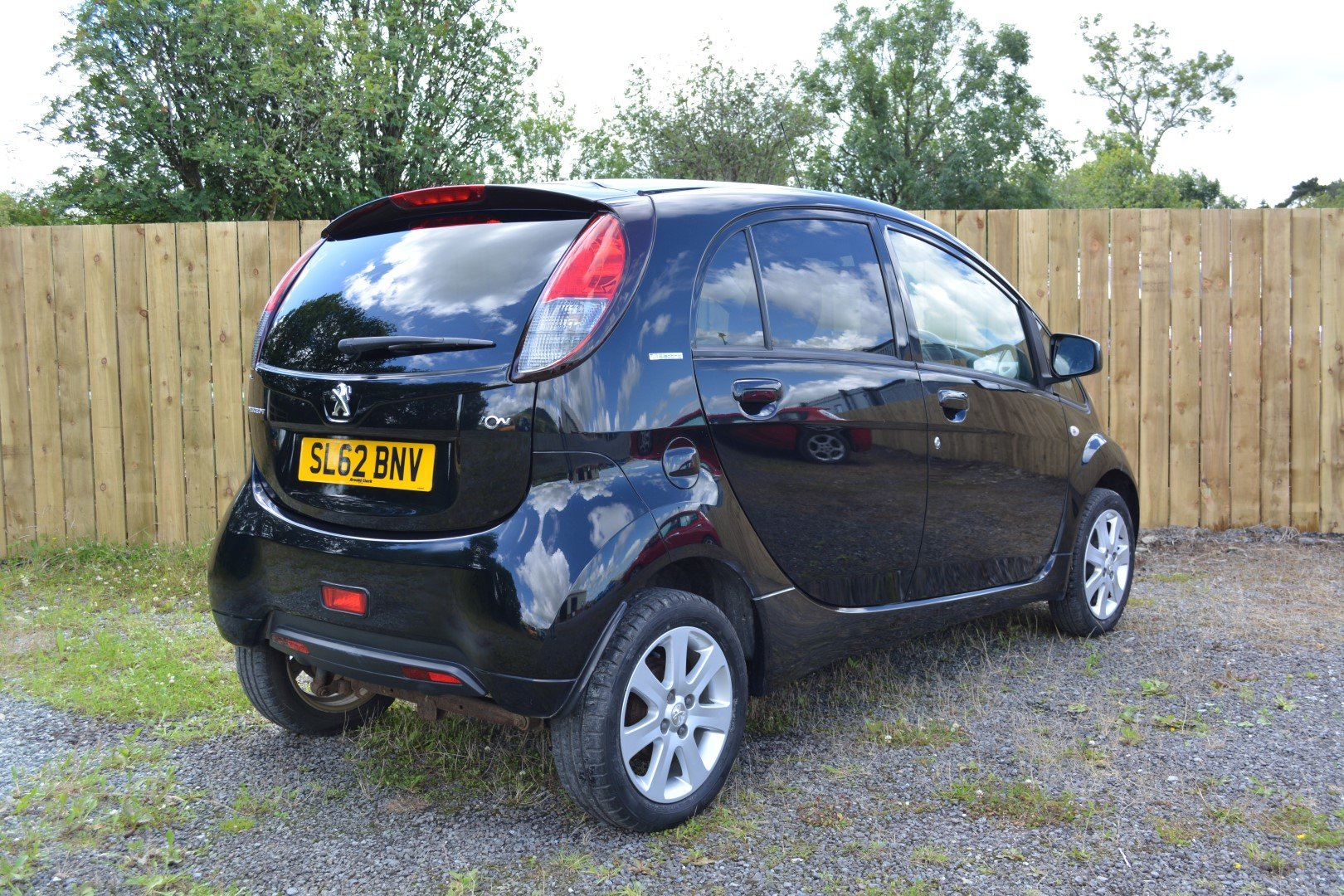 2012 Peugeot iOn - Cheap Electric Runabout!  For Sale (picture 2 of 6)