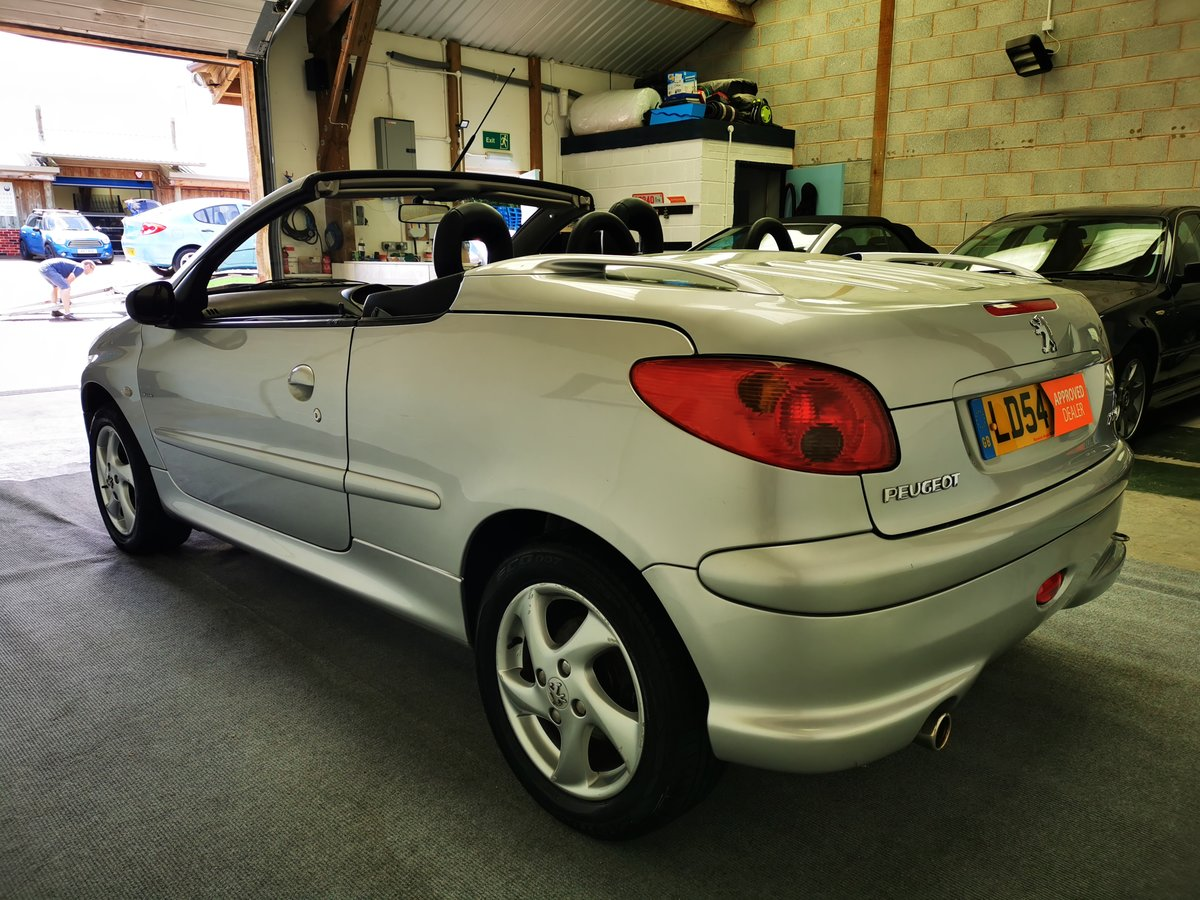 2004 Peugeot 206 1.6 Allure Coupe/Cabriolet *MOT'd 15/07/21* SOLD (picture 2 of 6)